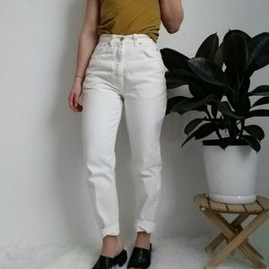 80-90s Vintage High Waisted Mom Jeans